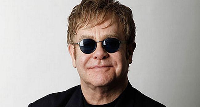Elton John announces three year final tour |