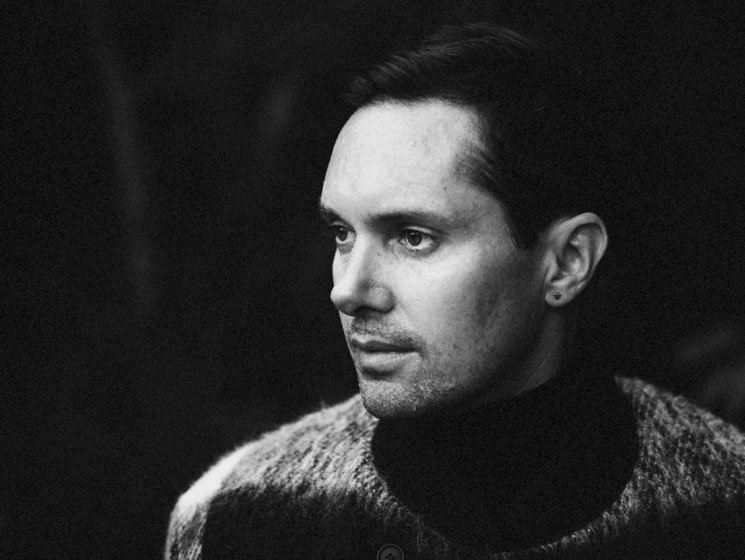 Rhye Robbed in Chicago Hotel Room