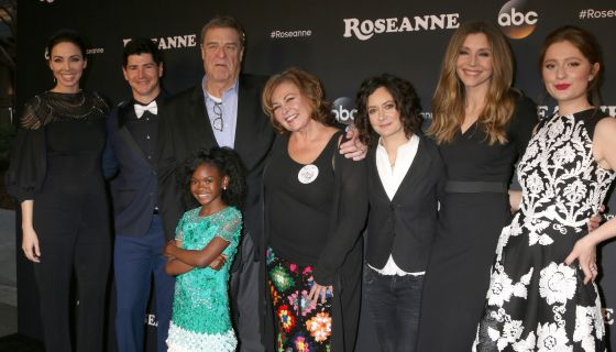 Roseanne Conner Returns To TV As A Trump Supporter & Fans Have Mixed Reactions