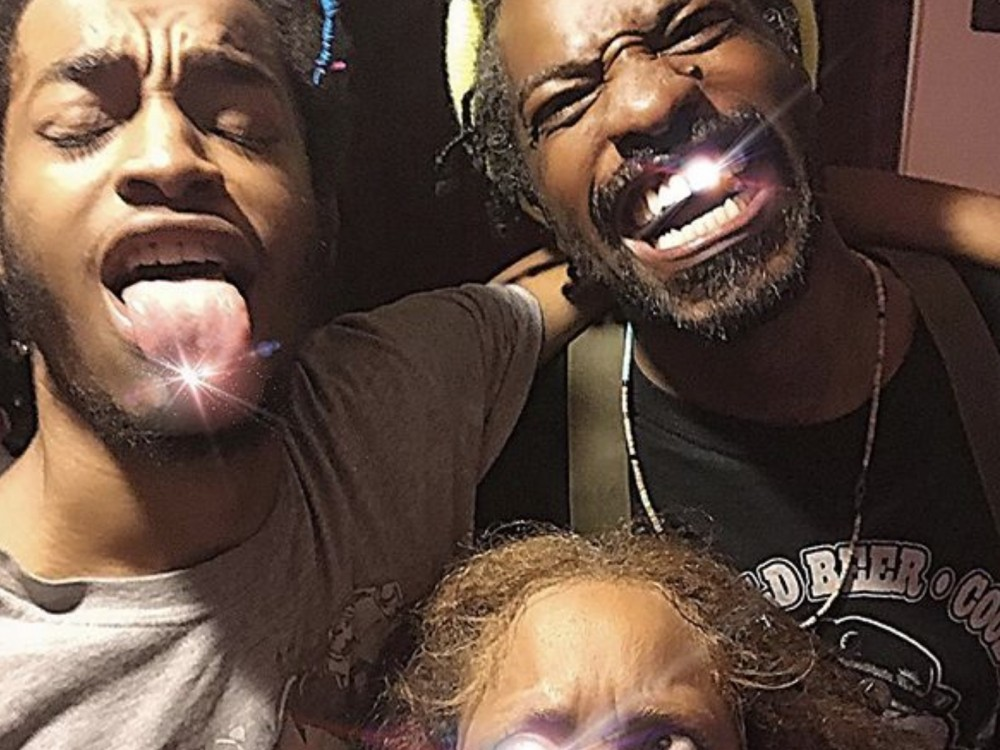 Andre 3000 Keeps Reunions Going, Links Up For Epic Erykah Badu Selfie –