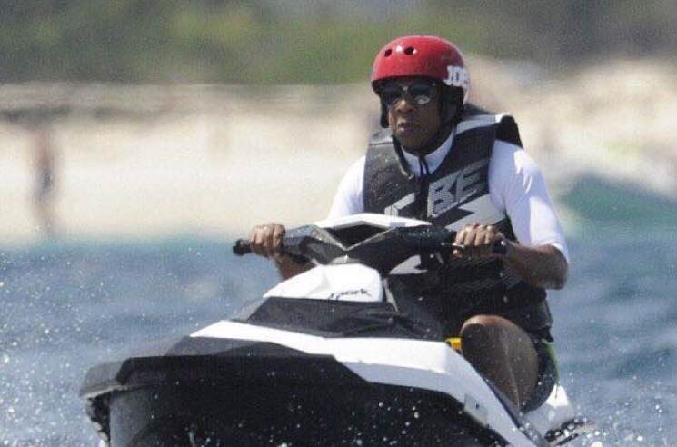 ​JAY-Z Riding a Jetski Is the Internet's New Favourite Meme