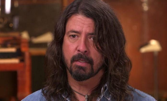Dave Grohl Forces Foo Fighters Show Cancelations, Bono To Blame?
