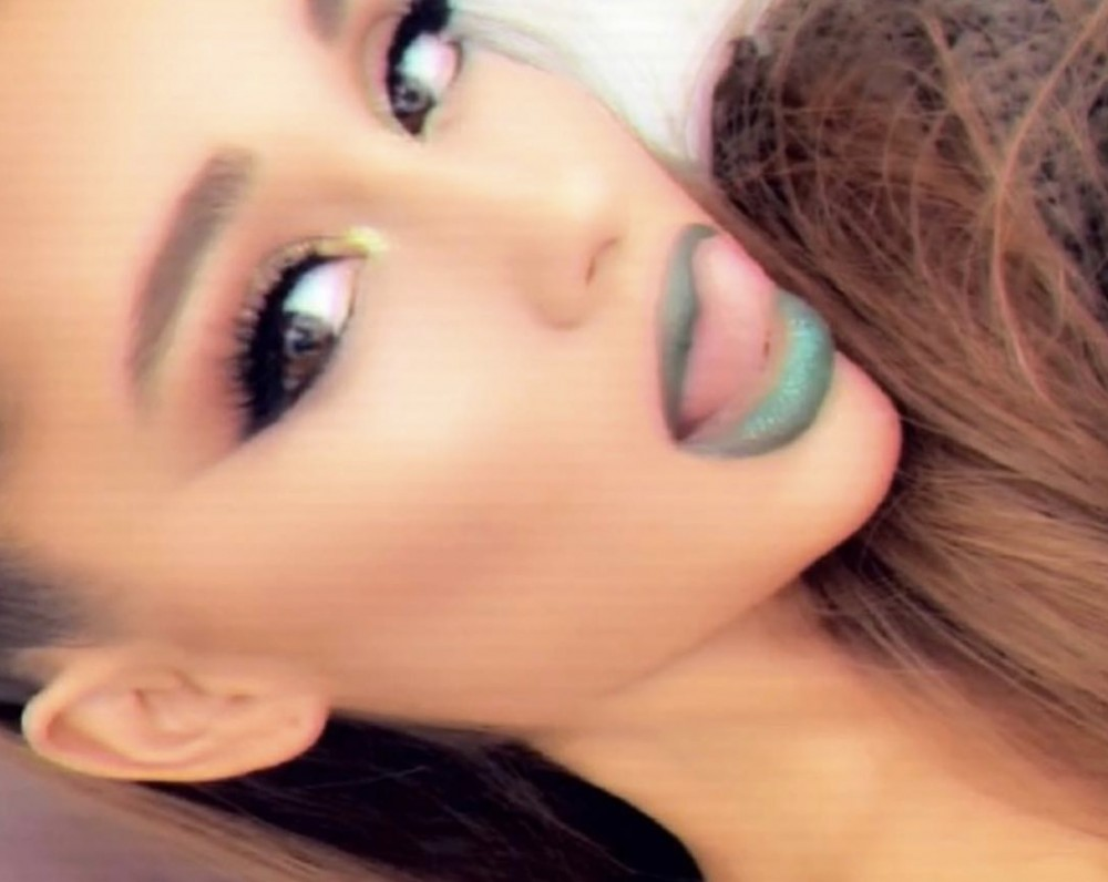"Mac Miller's Ex Ariana Grande Breaks Silence Since Pete Davidson Split: ""Suck My Big Green D**ok"" –"