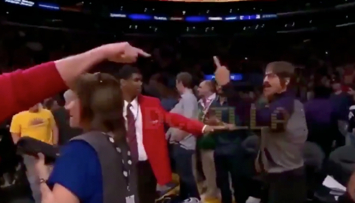 Red Hot Chili Peppers' Anthony Kiedis Kicked Out Of Lakers Game