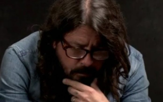 Dave Grohl Reveals Grunge Classic He'd Listen To 'When I Was Lonely'