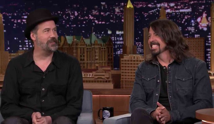 Nirvana-Bassist-Is-Telling-Dave-Grohl-How-To-Fix-Rock-Hall-of-Fame