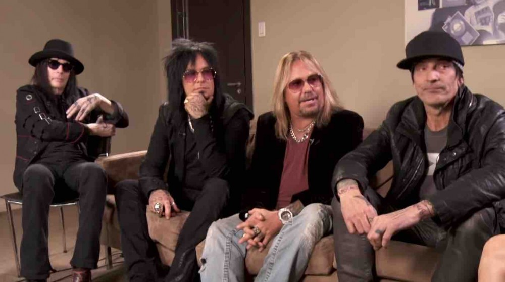 Motley Crue Member Calls Out Bizarre Lie By Bandmate In New Video
