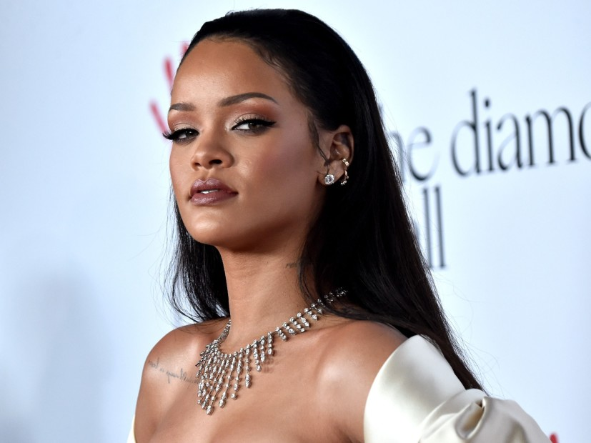 Rihanna Suing Her Father For Allegedly Stealing Fenty Name