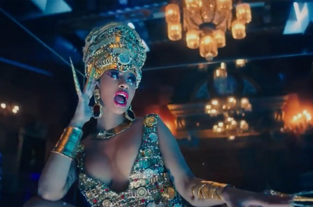 Cardi B's 'Money' Moves to No. 1 on R&B/Hip-Hop Airplay Chart