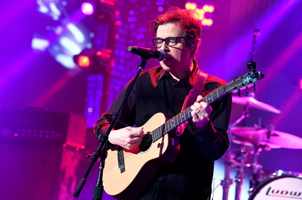 How to Live Stream Weezer's Album Release Party on the iHeartRadio Theater in NYC