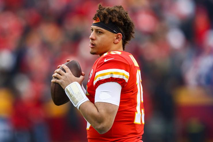 Patrick Mahomes Shows Off Smooth Handles In Local Pickup Game: Video