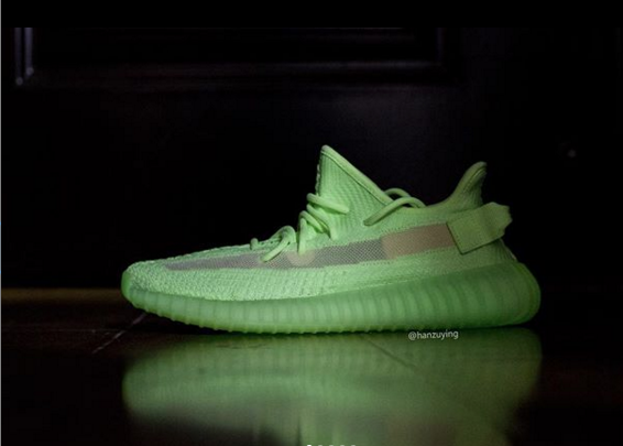 Adidas yeezy boost 350 v2 glow in the dark Links & Online