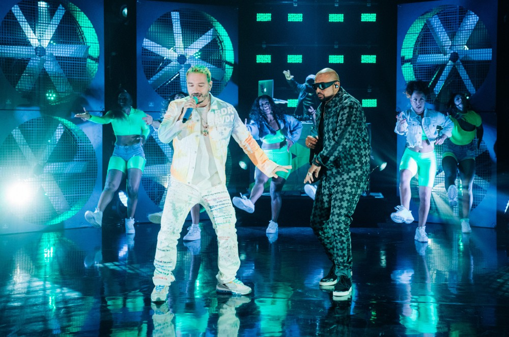 J Balvin And Sean Paul Raise The Late Late Show Roof