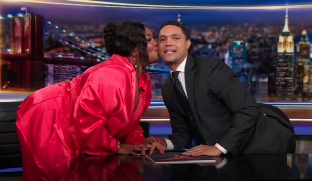 Lizzo-Flirts-Charmingly-With-Trevor-Noah-On-039The-Daily-Show039-Watch