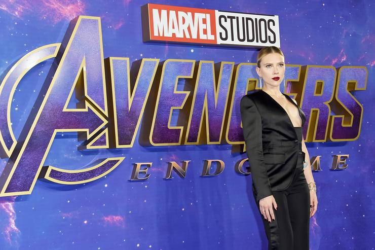 Scarlett-Johansson-Talks-quotAvengers-Endgamequot-While-Eating-Spicy-Wings