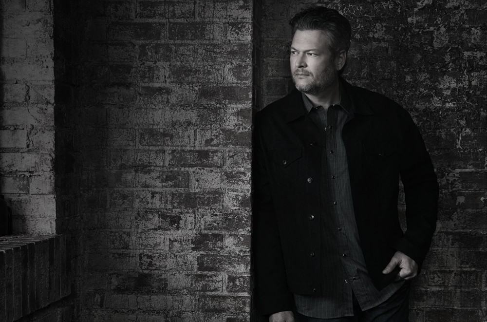 Blake Shelton's 'God's Country' Crowns Hot Country Songs Chart