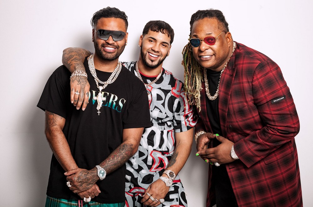 Zion & Lennox and Anuel AA Pre-Heat Summer with 'Guaya': Video Premiere