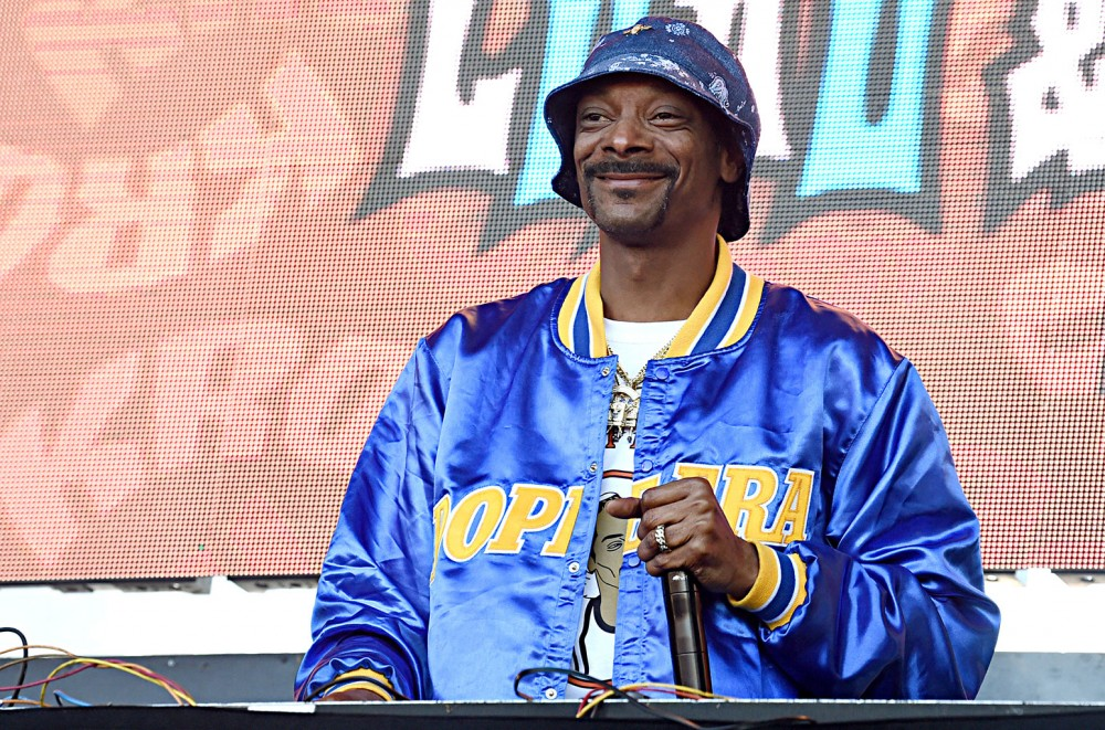 Snoop Dogg Has Nobody But Himself to Praise in 'I Wanna Thank Me'  Watch