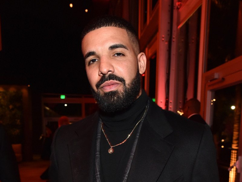 Drake Becomes 1st Solo Artist With 200 Billboard Placements