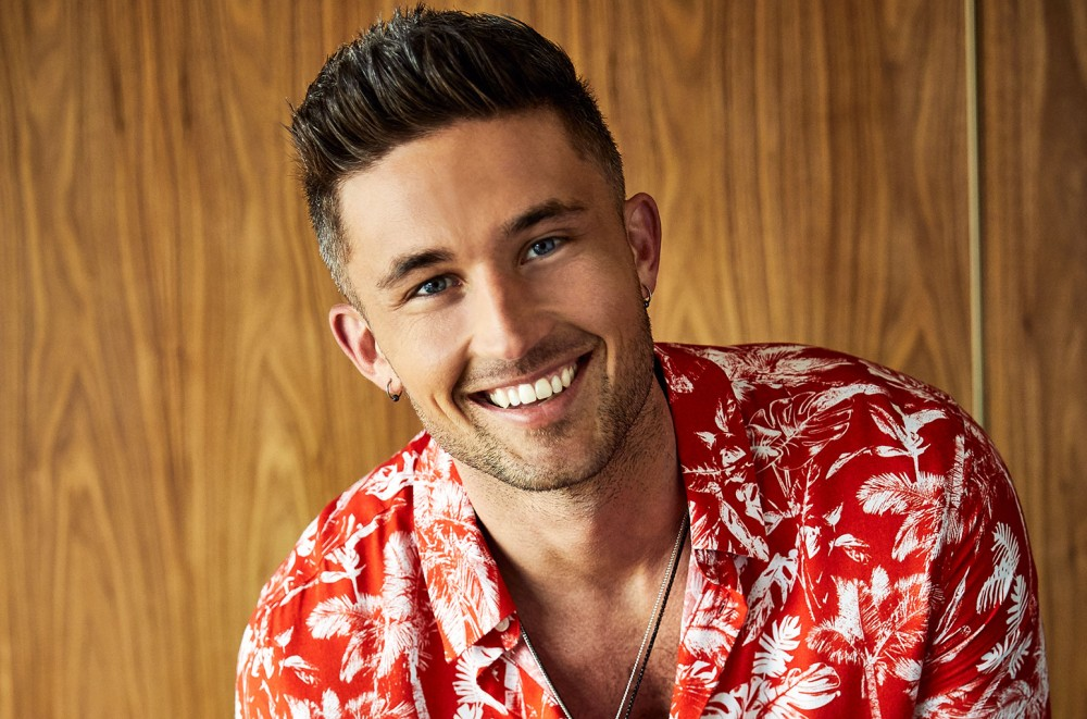 Michael Ray to Headline Upcoming 'CMT On Tour'