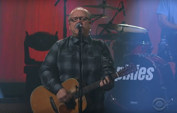 Pixies-Play-quotCatfish-Katequot-On-039Colbert039-Watch