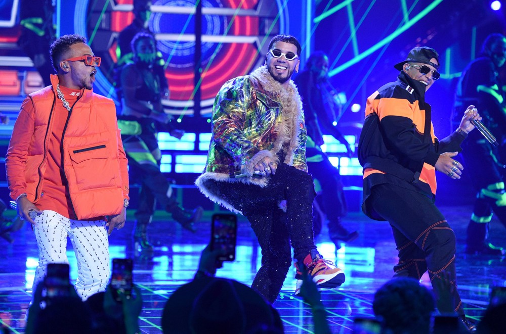 Anuel AA, Daddy Yankee & Ozuna Wrap Up Latin AMAs 2019 with Epic 'China' Performances