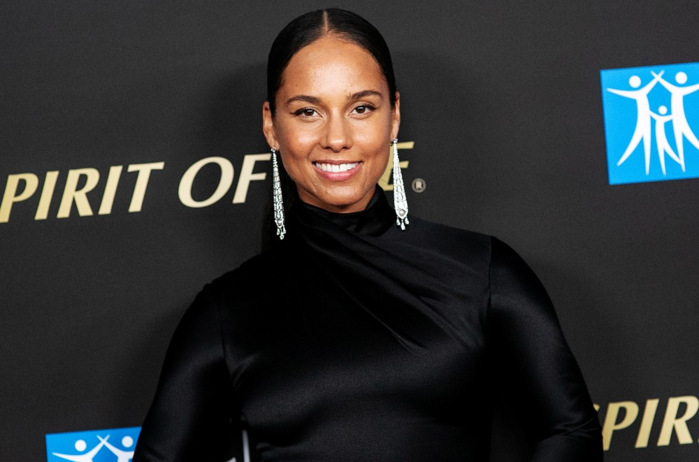 Alicia Keys Claps Back at Judgment Over Son's Rainbow Manicure
