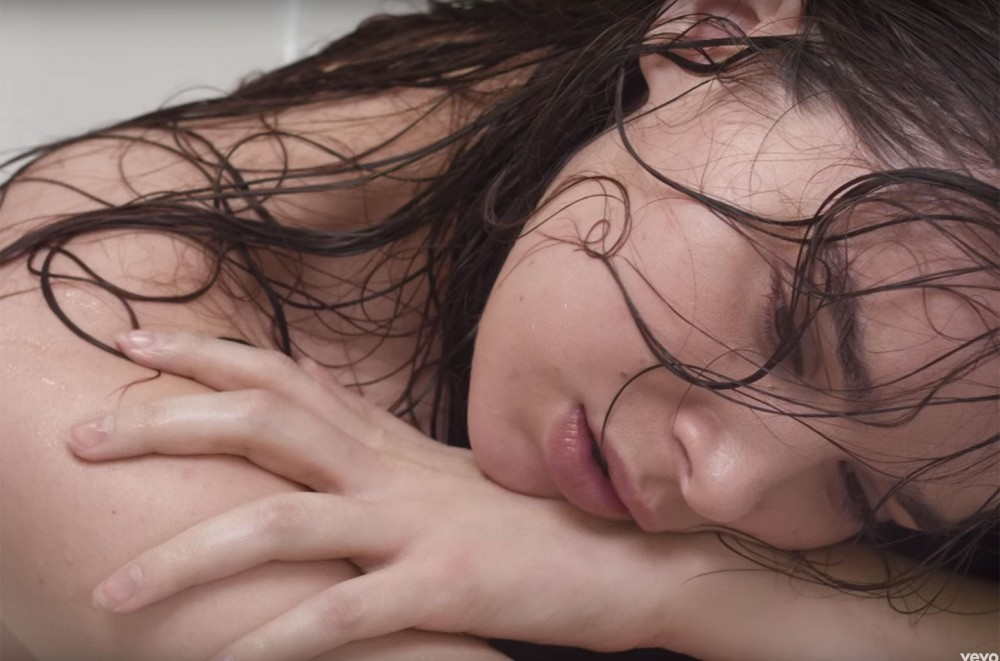 Hailee-Steinfeld-Bares-All-in-Vulnerable-Wrong-Direction-Video
