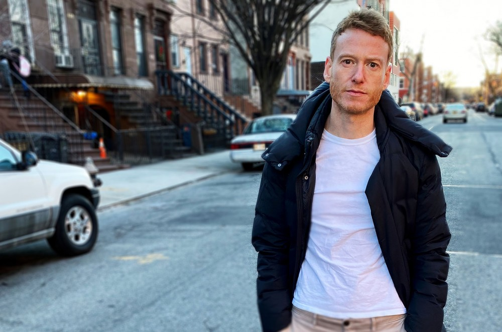 Teddy Thompson Shares Two Perspectives on Loss in 'Heartbreaker Please'  Exclusive