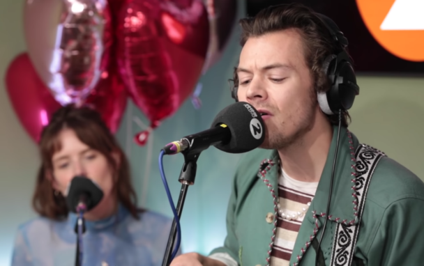 """Watch Harry Styles Cover Joni Mitchell's """"Big Yellow Taxi"""""""