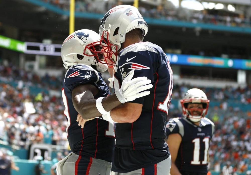 Antonio Brown Reacts To Tom Brady's New Deal