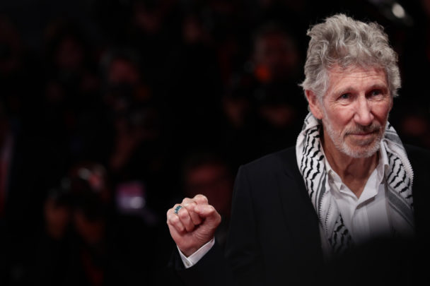 """Roger Waters Covers Victor Jara's """"The Right To Live In Peace"""": Listen"""