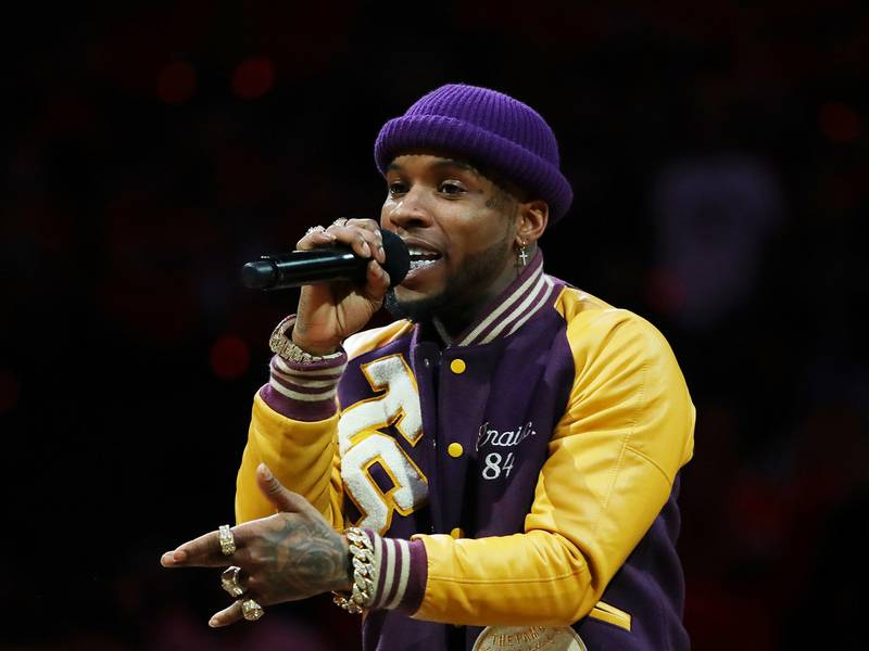 Tory Lanez Pings Drake On Instagram Live & Allegedly Breaks Record