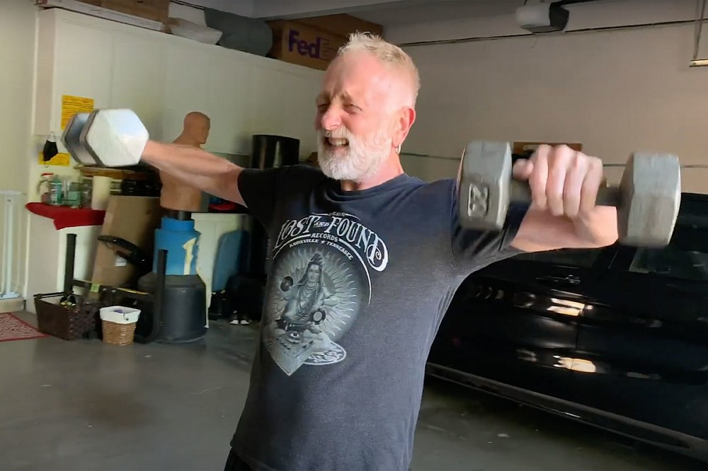 Get Fit With Def Leppard's Phil Collen During '30 Day Challenge'