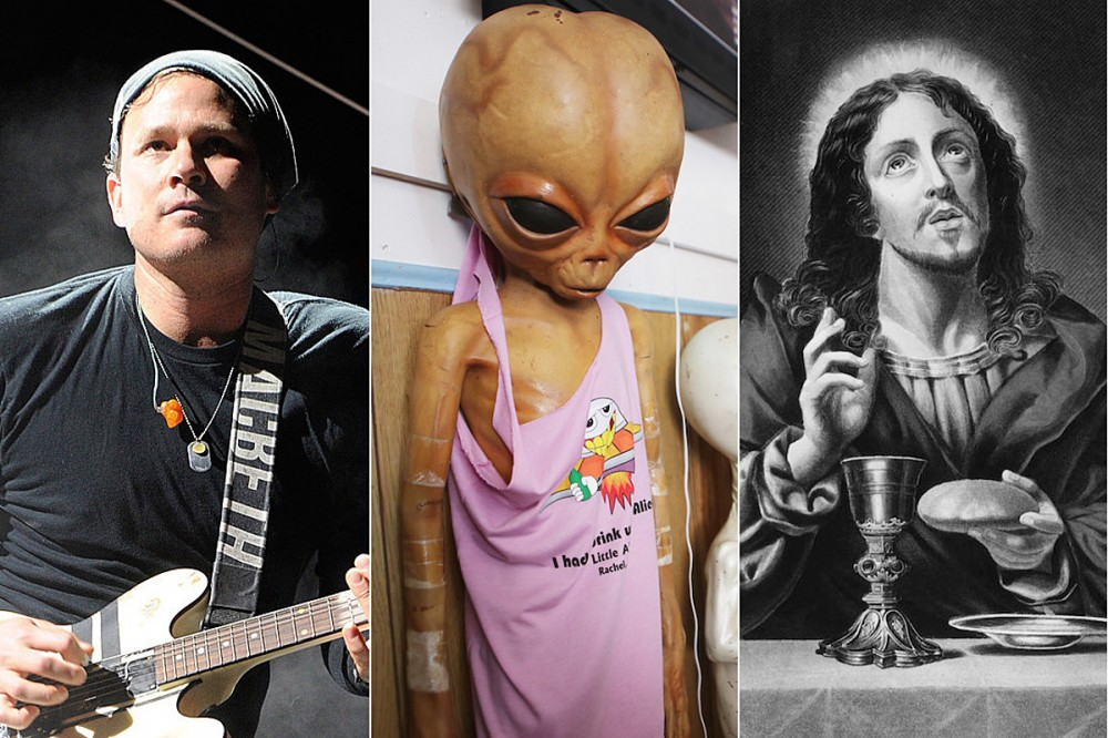 Tom DeLonge Suggests Aliens Were Present at the Birth of Jesus Christ