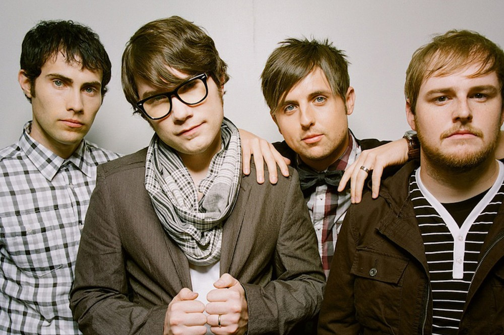 """Hawthorne Heights Urge Kanye West Not to Sue His Record Label: """"Trust Us"""""""