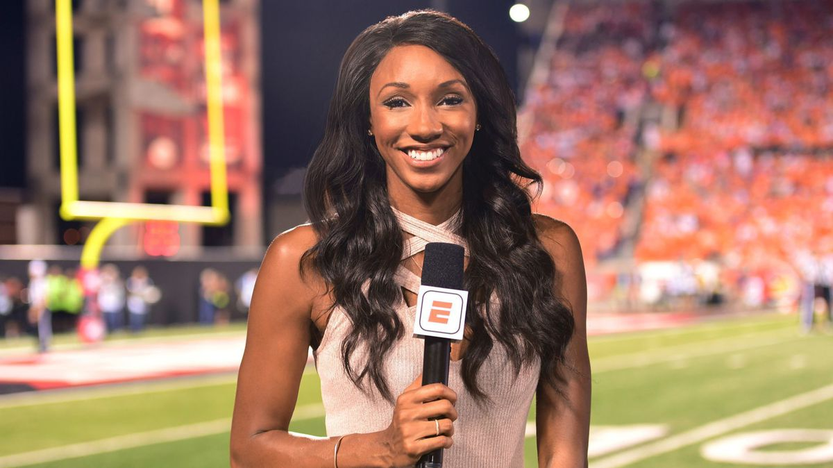 Chicago Radio Host Fired For Making Misogynistic Comments About ESPN's Maria Taylor's Attire