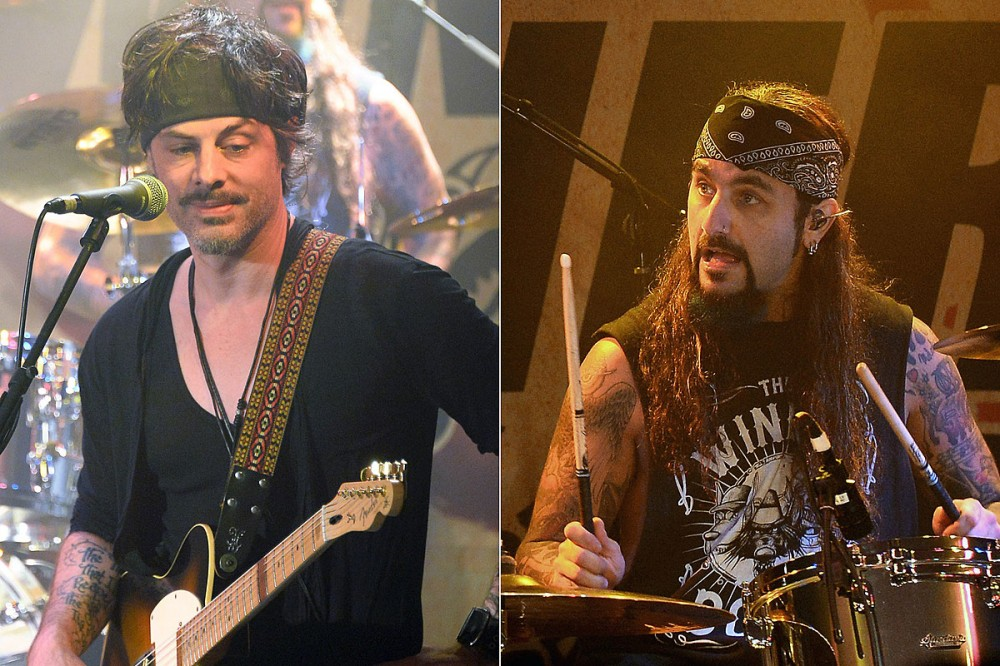 Richie Kotzen Teams With Mike Portnoy on New Song 'Raise the Cain'