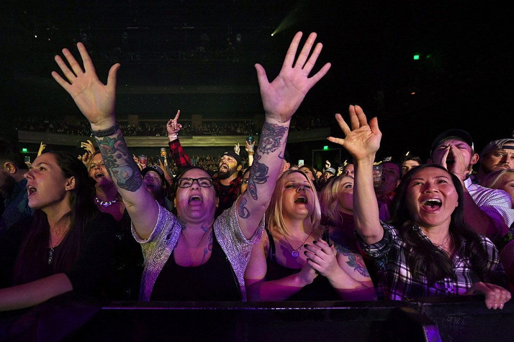 Survey: 54 Percent of Concert Industry Pros Believe Full Capacity Concerts Return in 2021