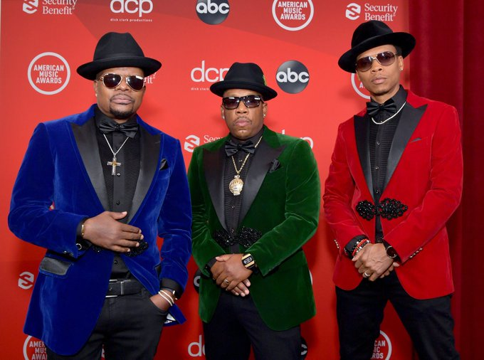 [WATCH] Bell Biv Devoe Celebrates the 30th Anniversary of 'Poison' at American Music Awards