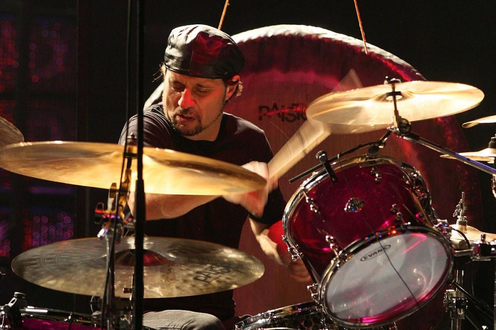 Dave Lombardo: I 'Don't Believe' in Retirement