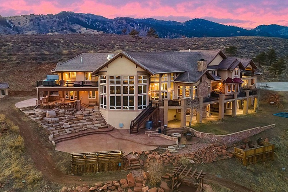 Newly-Listed Colorado Mansion Comes With a Mini Concert Amphitheater