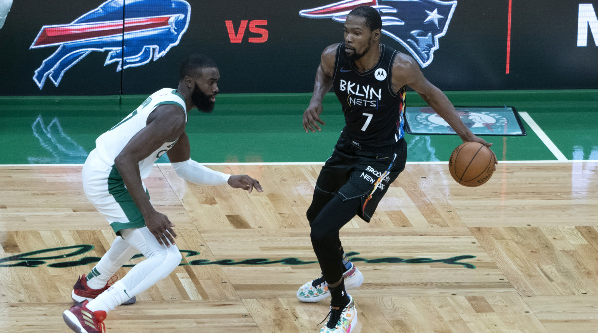 SOURCE SPORTS: Kevin Durant, LeBron James Lead NBA All-Star Starters