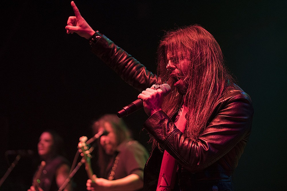 Todd La Torre Doubts Classic Queensryche Reunion – 'What's the Point?'