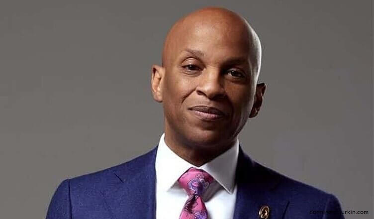 Donnie McClurkin Says He's 'Delivered' From Homosexuality
