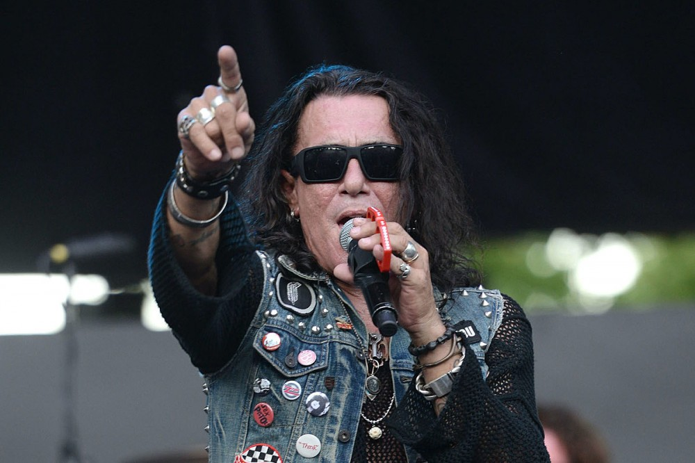 Ratt's Stephen Pearcy Uncovers Unheard Solo Song 'Don't Wanna Talk About It'