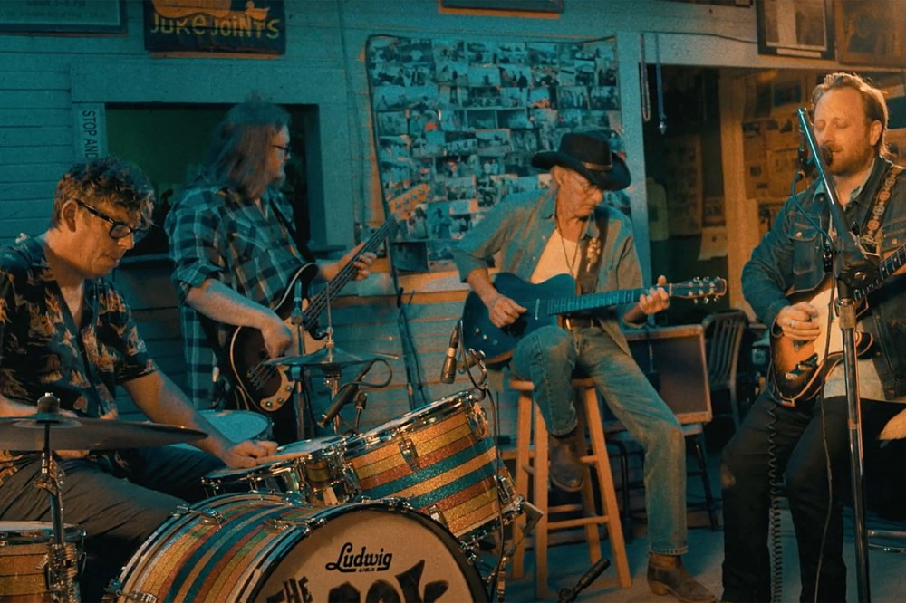 The Black Keys Showcase Mississippi Blues Landmarks With 'Goin' Down South' Video