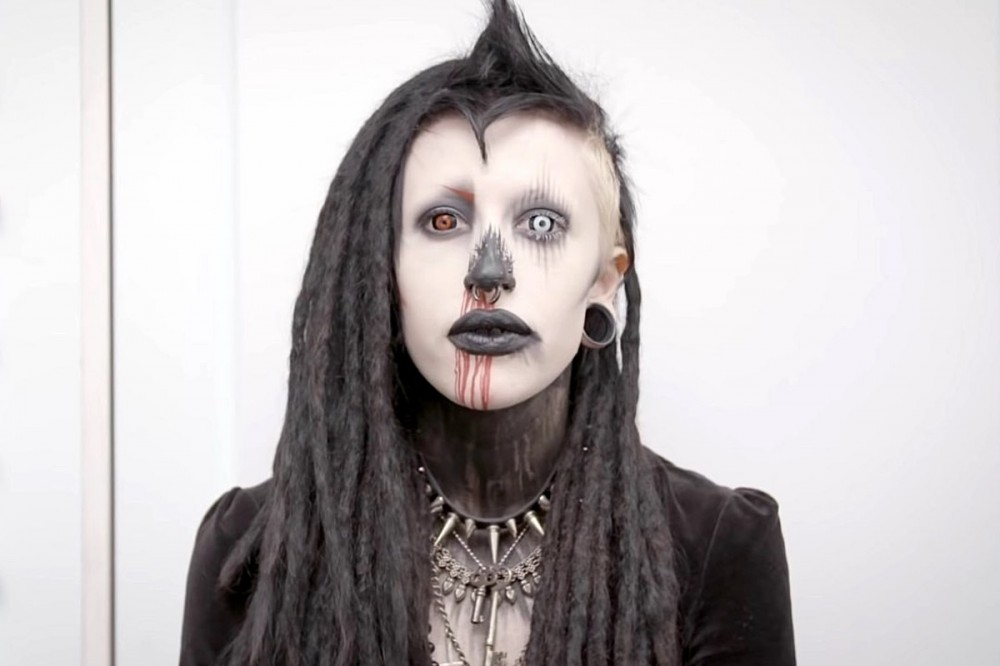 See How Extreme Goth Reacts After Getting Transformed Into Instagram Model