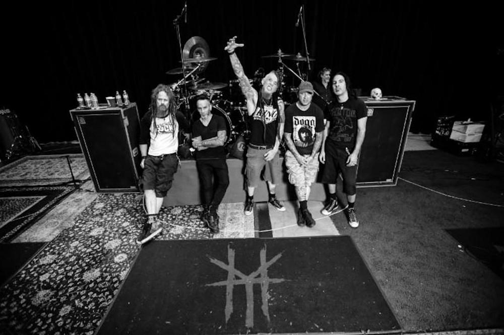 Hellyeah Officially 'On Hiatus,' Drummer Roy Mayorga Confirms