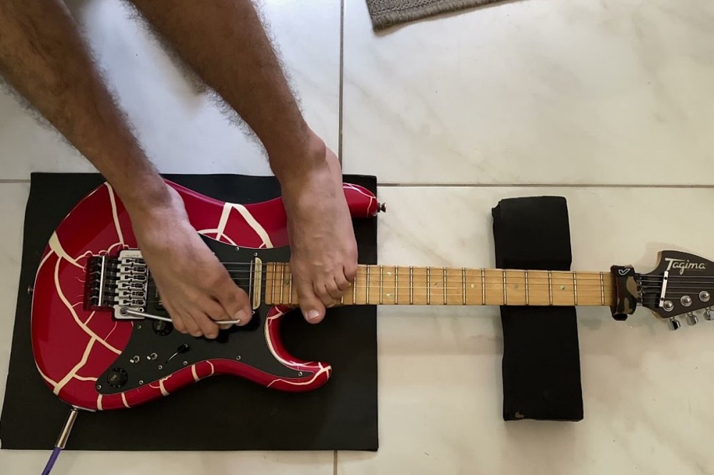 Guitarist Shreds GNR's 'Sweet Child o' Mine' + More With His Feet